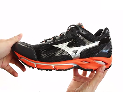 Mizuno Wave Resolute 2 J1GE141103